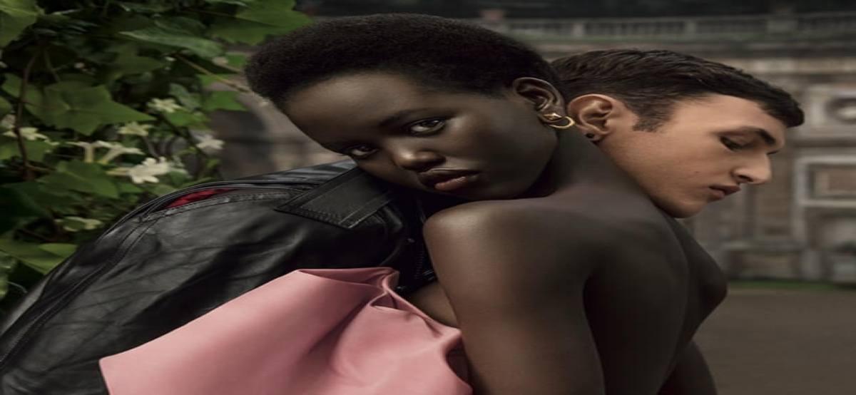 Perfume Valentino regala muestras gratis de su nueva fragancia Born in Roma - Muestragratis.com